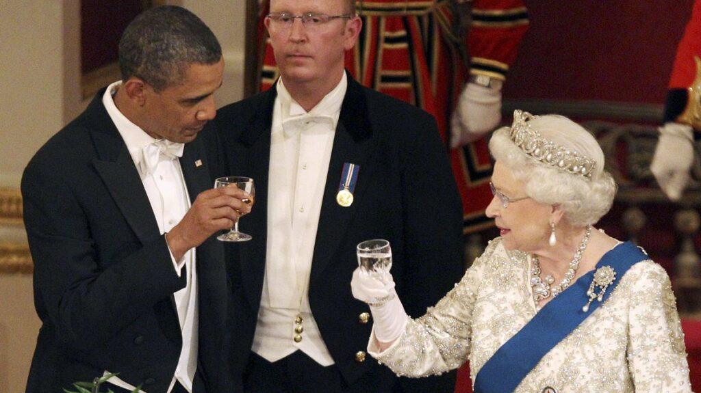 Toast Obama Regina Elizabeta II