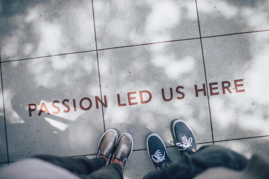 Incepe o conversatie cu o intrebare despre pasiune